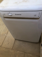 Used Dish washer by Ariston in Dubai, UAE