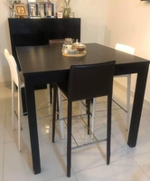 Used Dining high table and bar chairs in Dubai, UAE