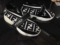 Used Fendi sneakers size 37, new  in Dubai, UAE