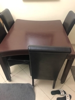 Used Dinning table up 6 people in Dubai, UAE