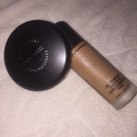 Used 🛍 MAC foundation + powder set 🛍 in Dubai, UAE