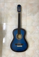 Used High quality Guitar  in Dubai, UAE
