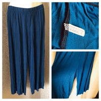 Used Wide leg pants size 4XL/6 in Dubai, UAE