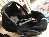 Used Maxicosi pebble car seat in Dubai, UAE