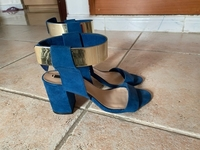 Used Zara, blue heels  in Dubai, UAE