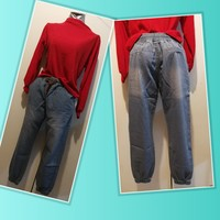 Bundle offer red shirt + light jeans
