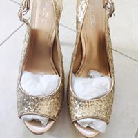 Used Aldo Gold Glitter Heels in Dubai, UAE