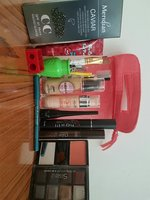 Used Cosmetics Set in Dubai, UAE