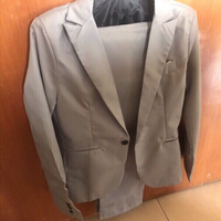 Used Grey suit XL in Dubai, UAE