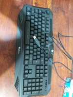 Used Genesis keyboard that does light up in Dubai, UAE
