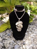 Used Silver skull necklace in Dubai, UAE