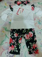 Used Baby girl 3 pcs set in Dubai, UAE