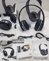 Used Bluetooth headphones with Aux cabal ¤ in Dubai, UAE