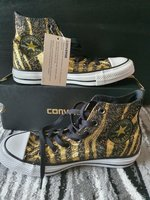 Used Converse chuck taylor for women in Dubai, UAE