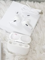 Used White airpod pro3 ® in Dubai, UAE