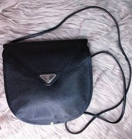 Used YSL Vintage Sling Bag :: Preloved in Dubai, UAE