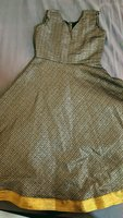 Used kids long frock for girl 3 to 4 year... in Dubai, UAE