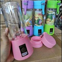 Used JUICER BLENDER PORTABLE USE ANYWHERE in Dubai, UAE