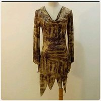 "Used Long top for lady "" fabulous New in Dubai, UAE"
