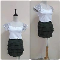 """Used New white top with skirt """" amazing in Dubai, UAE"""