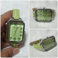 """Used New Green GUESS watch """" for lady """" in Dubai, UAE"""