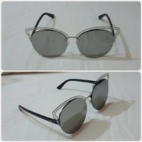 """Used Lady's sungglass amazing for lady """" in Dubai, UAE"""