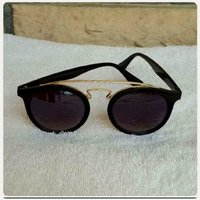 """Used New amazing sungglass for her """" in Dubai, UAE"""