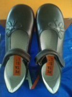 Used Girls school shoes 30 discount now in Dubai, UAE