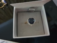 Used New real diamonds and saphire ring in 18 in Dubai, UAE