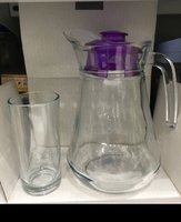 Used Set of water + 6 glasses in Dubai, UAE
