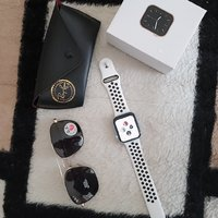 Used APPLE WATCH 6 AND RAYBAN OFFER LAST in Dubai, UAE
