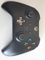 Used Xbox Controller-Day One 2013 in Dubai, UAE