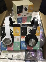 Used Jbl wireless headphones 🎊🎊🎊👍👍👍 in Dubai, UAE
