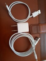 Used Apple phone/Apple Airports cable Orginal in Dubai, UAE
