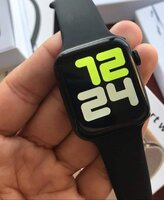 Used Must buy.. W34 smart watch best series 5 in Dubai, UAE