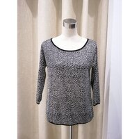 Used Light weight CAMATEU knitted top (S) in Dubai, UAE