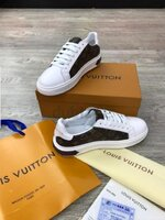 Used LouisVuitton original shoe, made n Italy in Dubai, UAE