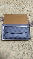 Used Louis Vuitton Sarah Wallet new in Dubai, UAE