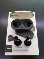 Used Bose tws2 high earbuds.. Must buy now le in Dubai, UAE