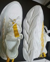 Used Mens Running Shoe White in Dubai, UAE