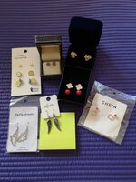 Used 9 Pairs Brand New Earrings for Gifts in Dubai, UAE