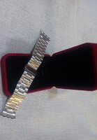 Used Apple stainless steel Strap silver conne in Dubai, UAE