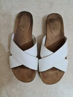 """Used """"Good for the sole"""" slippers in Dubai, UAE"""