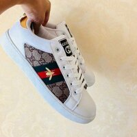 Used Gucci shoe, size 40 in Dubai, UAE