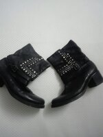 Used Real leather boots in Dubai, UAE