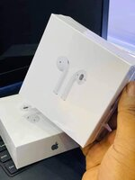 Used Apple airpord 2.. Get the deal.. 💢💢💢 in Dubai, UAE