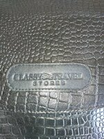Used Leather shoulder bags for passport in Dubai, UAE