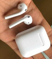 Used Airpods  orginal in Dubai, UAE