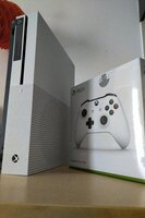 Used Xbox One S + New 1 controler in Dubai, UAE