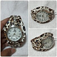 Used Brand new fashionable 'SANIS watch.. in Dubai, UAE